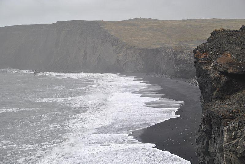 De zwarte stranden van Vik